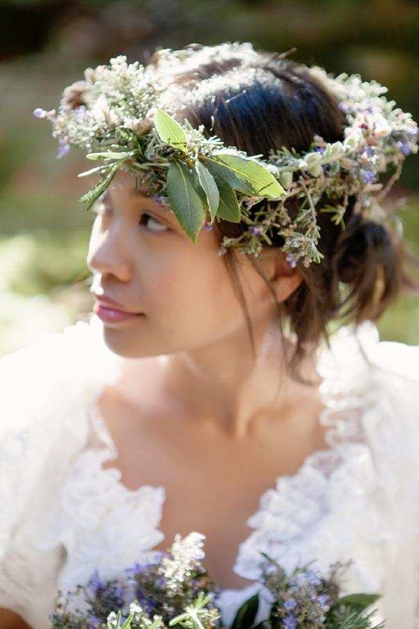 Headdress Bride http://www.mattandlenaphotography.com/