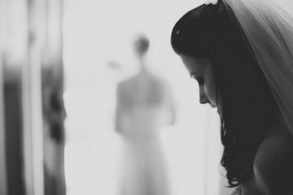 Classic Country House Wedding Elegant Bride Veil http://joseph-hall.com/