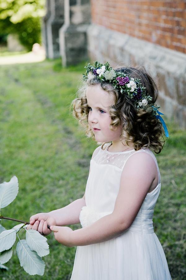 Flower Girl Headdress http://www.jobradbury.co.uk/