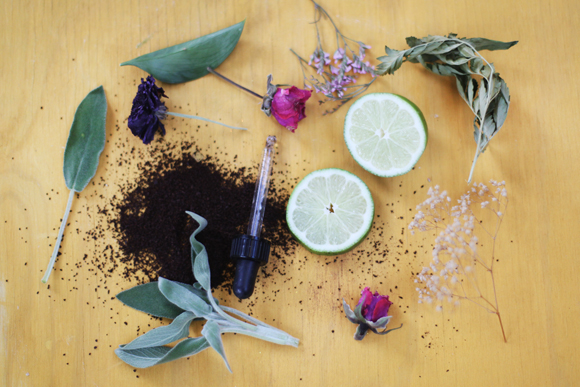 Post image for 5 Natural Air Fresheners For Spring