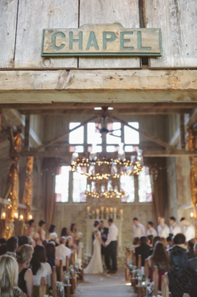 Sweet Rustic Wedding with DIY Details | Matthew James Photography | Bridal Musings Wedding Blog 36