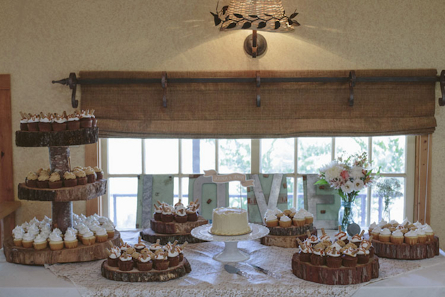 Sweet Rustic Wedding with DIY Details | Matthew James Photography | Bridal Musings Wedding Blog 4