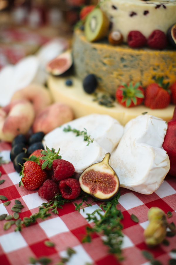 How To Make a Cheese Wheel Wedding Cake | Top Tips from Courtyard Dairy | Bridal Musings Wedding Blog10