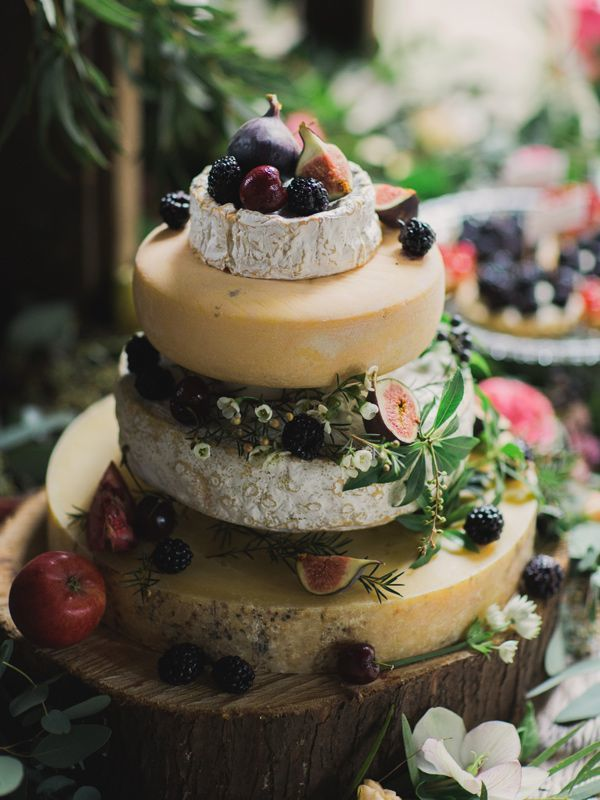 How To Make a Cheese Wheel Wedding Cake | Top Tips from Courtyard Dairy | Bridal Musings Wedding Blog6