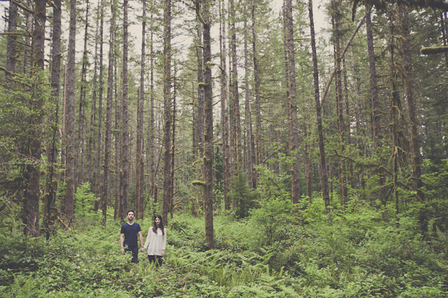 Romantic Woodland Engagement Shoot | Terra Rothman Photography | Bridal Musings Wedding Blog 6
