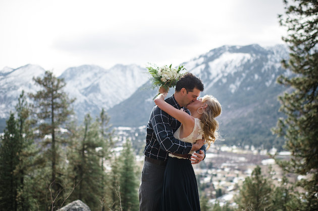 Stunning Mountainside Elopement | Tonie Christine Photography | Bridal Musings Wedding Blog14