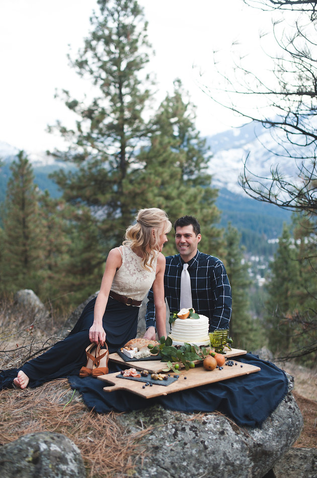 Stunning Mountainside Elopement | Tonie Christine Photography | Bridal Musings Wedding Blog32