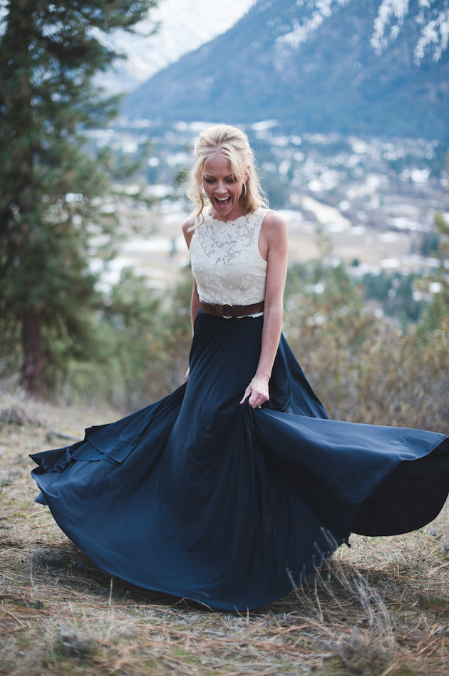 Stunning Mountainside Elopement | Tonie Christine Photography | Bridal Musings Wedding Blog34