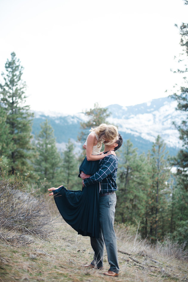 Stunning Mountainside Elopement | Tonie Christine Photography | Bridal Musings Wedding Blog35