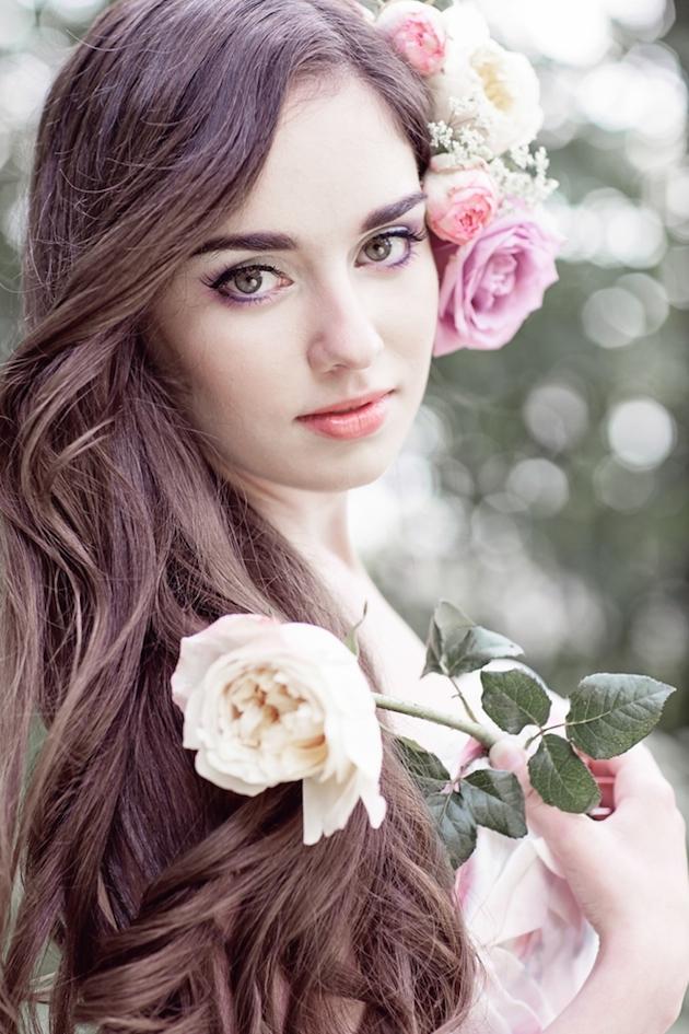 Flower-Filled Woodland Wedding Inspiration | Cristina Rossi Photography | Bridal Musings Wedding Blog 23