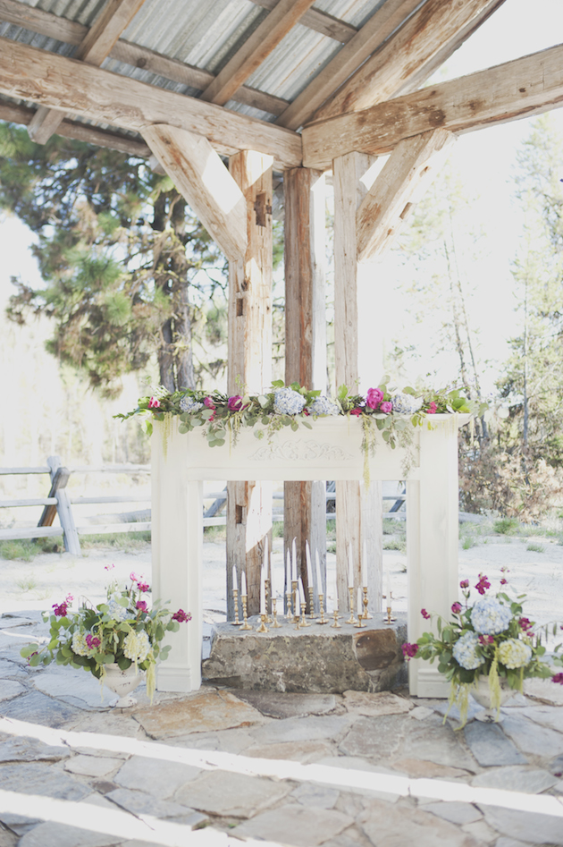 Orchid and Watercolour Wedding Inspiration   Ellie Asher Photography   Bridal Musings Wedding Blog 32
