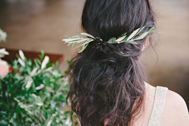15 Gorgeous Half-Up Half-Down Hairstyles for Your Wedding | Bridal Musings Wedding Blog 12