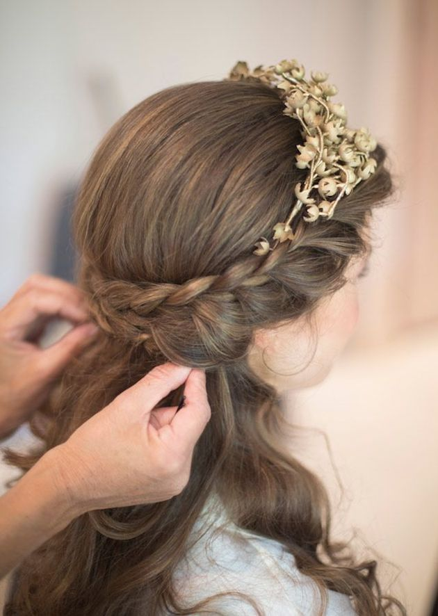 15 Gorgeous Half-Up Half-Down Hairstyles for Your Wedding | Bridal Musings Wedding Blog 3