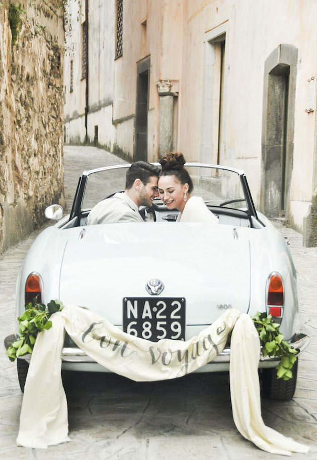 Chic Amalfi Wedding Inspiration | Sarah Love Photography | Bridal Musings Wedding Blog 29